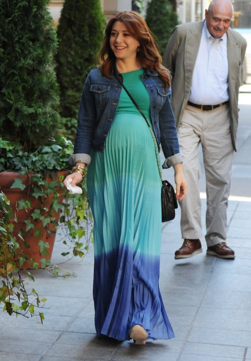 10-pregnant-celebrities-maternity-style-trends-4