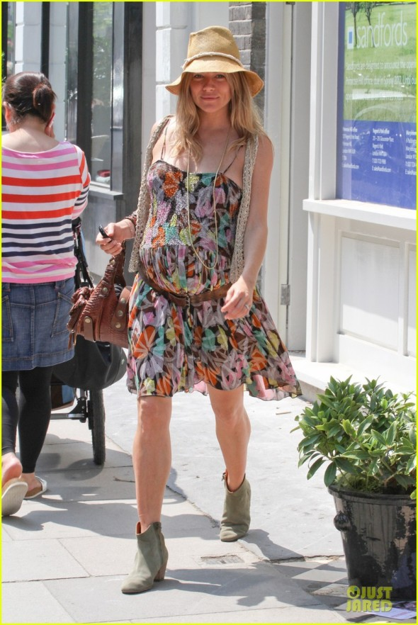 Sienna Miller Goes To Yoga With Her Blossoming Bump