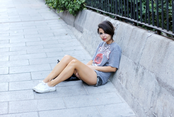 New-York-shirt-shorts-outfit-8