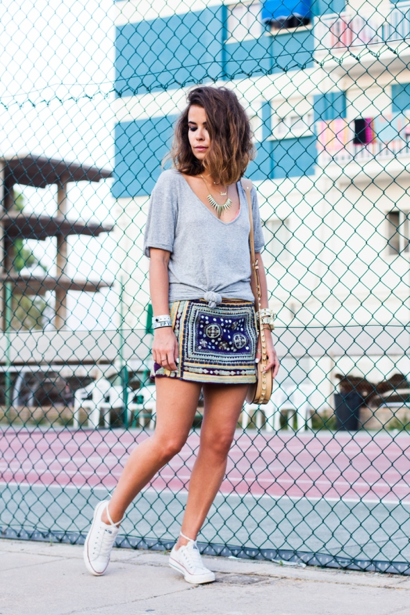 Sporty_Chic_Outfit-Embroidered_Skirt-Converse-Street_Style-Fib_2013-24